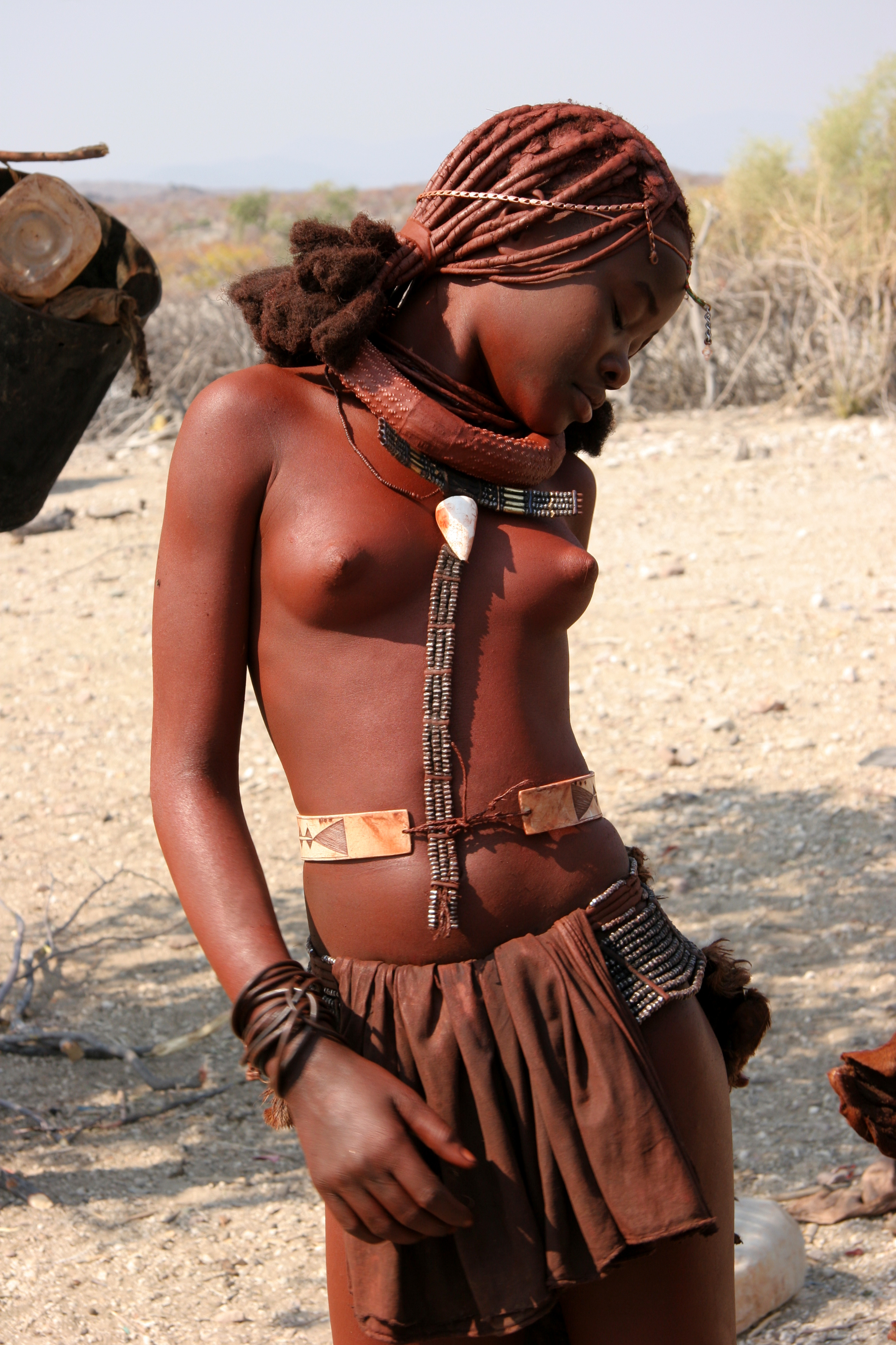 himba naked breast
