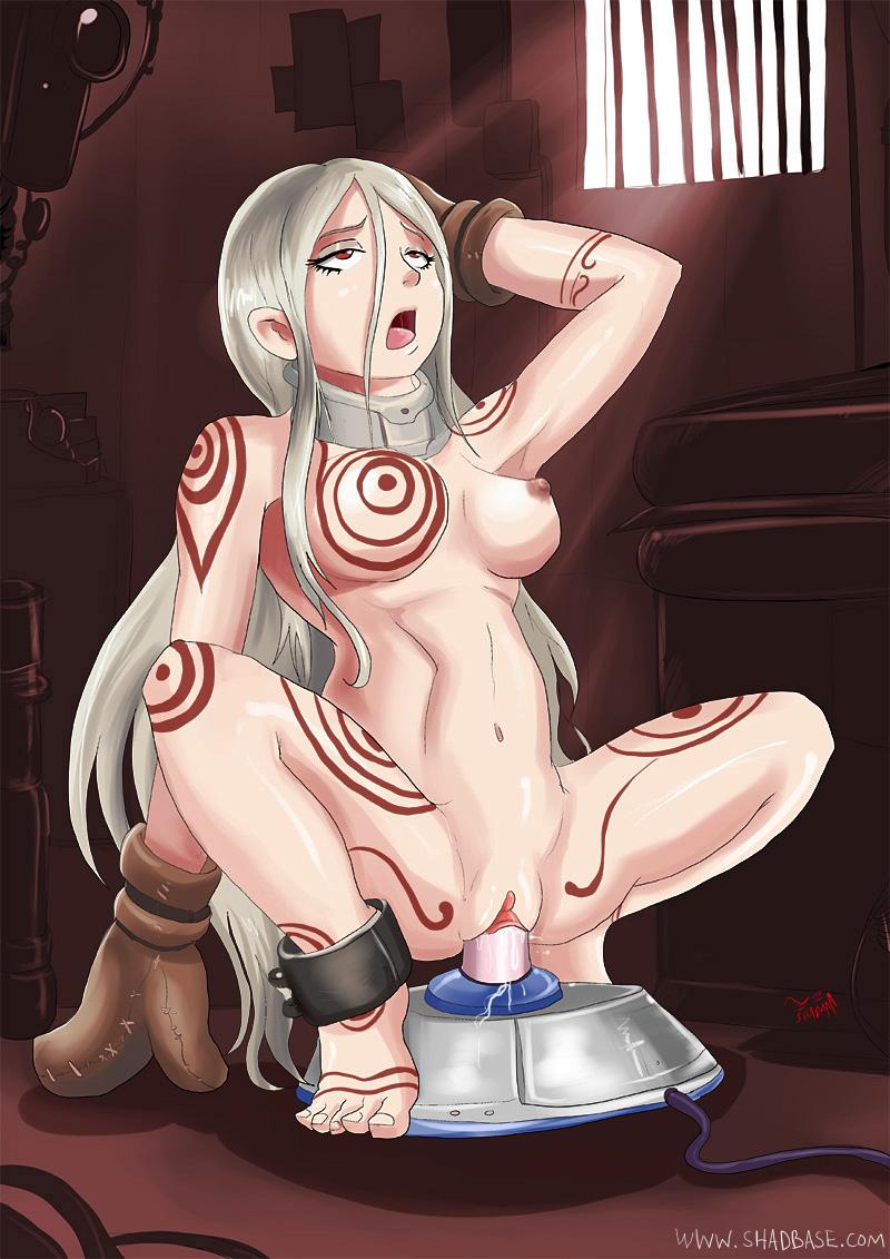 Wonder naked in Alice